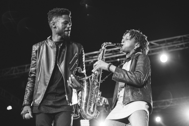 Johnny Drille & Temilayo Sax performing